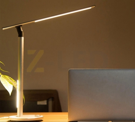 Настольная LED лампа 8.5 Вт